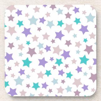 Lila, azules cielos y modelo de estrellas rosado e posavasos de bebida