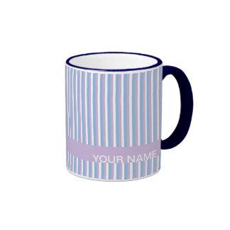 Lila blanca de las rayas de la lila azul taza de dos colores