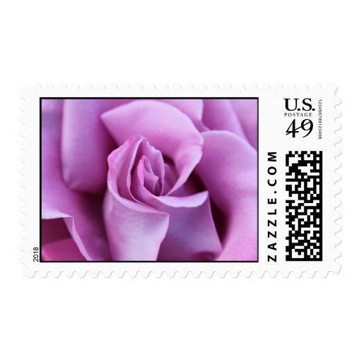 Lila subió timbre postal