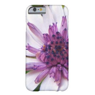 Lilac daisy phone case