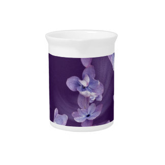 Lilac in circle pitcher