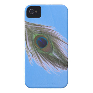 Lilac Peacock Feather on Blue iPhone 4 Cover
