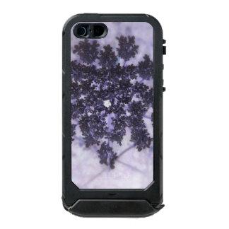 Lilas de color morado oscuro funda para iPhone 5 incipio ATLAS ID