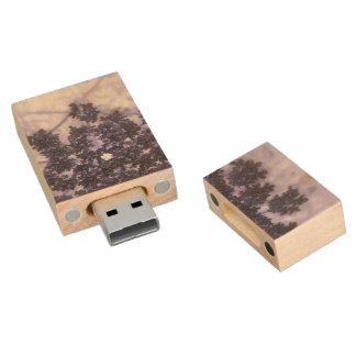 Lilas de color morado oscuro pen drive de madera USB 2.0