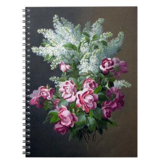Lilas púrpuras del rosa del vintage y blancas libretas espirales