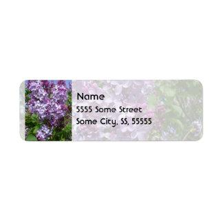 Lilas púrpuras etiqueta de remite
