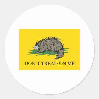 Lilbertarian - no pise en mí la bandera - - pegatina redonda