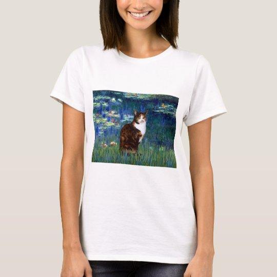 Lilies 5 - Calico cat T-Shirt