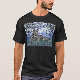 Lilies 6 - Grey cat T-Shirt