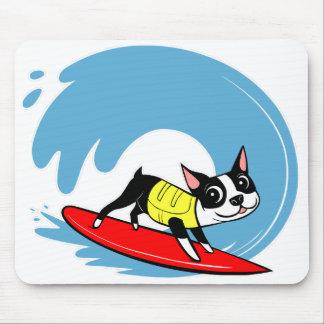 Lilli Chin que practica surf el cojín de ratón de Mousepad