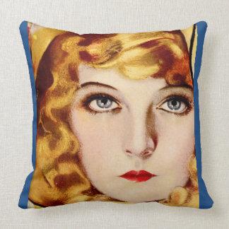 Lillian Pillow