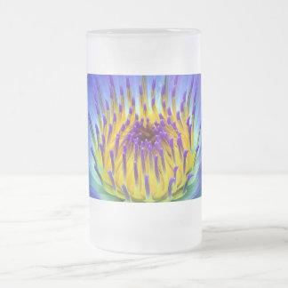 Lillie violeta azul taza de cristal