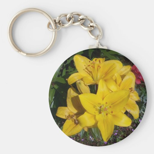 Lillies amarillo llavero redondo tipo pin