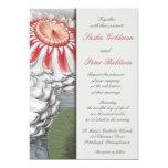 Lilly rellena la invitación floral del boda