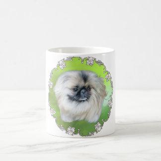 Lilly verde taza básica blanca