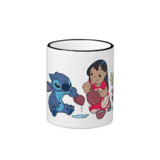 Lilo y fiesta del té de la puntada taza a dos colores