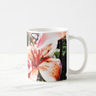Lily Glow Mug I