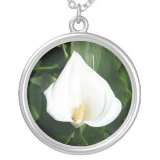 Lily Round Pendant Necklace