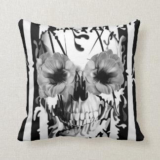 Limbo, cráneo con los ojos de la amapola almohada