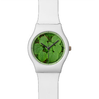 Lime tree leaves wristwatch