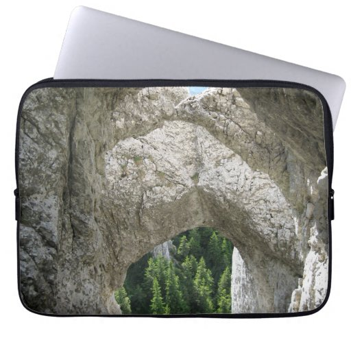 LIMESTONE FORMATIONS COMPUTER SLEEVES