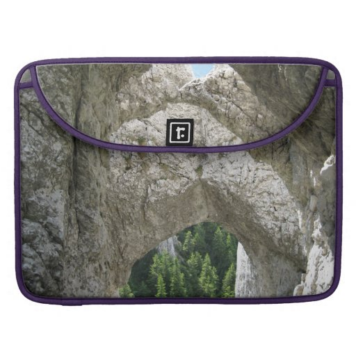 LIMESTONE FORMATIONS SLEEVE FOR MacBooks