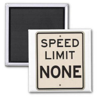 Límite de velocidad del vintage ningunos señal de imán cuadrado