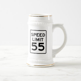 Límite de velocidad muestra de 55 MPH Jarra De Cerveza