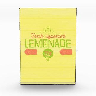Limonada exprimida fresca