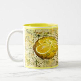 Limones de la postal taza dos tonos