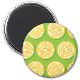 Limones en la verde lima (2) imán de nevera