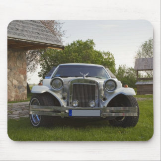 Limousine at homestead mouse pad