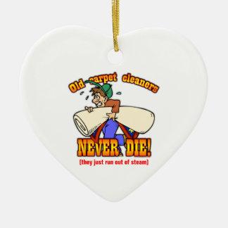 Limpiadores de la alfombra adorno navideño de cerámica en forma de corazón