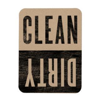 Limpie el imán sucio del lavaplatos del estilo de