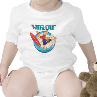 Limpie hacia fuera trajes de bebé