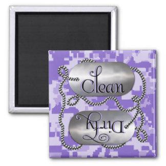 Limpie las placas de identificación sucias 1 el i