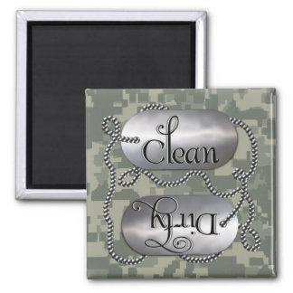 Limpie las placas de identificación sucias 3 el i