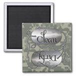 Limpie las placas de identificación sucias 3 (el i imanes de nevera