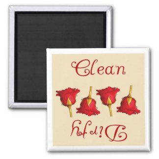Limpie sucio los rosas rojos imanes de nevera