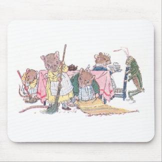 Limpieza de los ratones, el barrer, etc. tapete de ratones