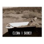 Limpio y sobrio tarjetas postales