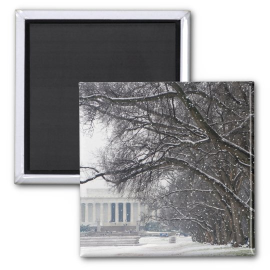lincoln memorial winter snow magnet