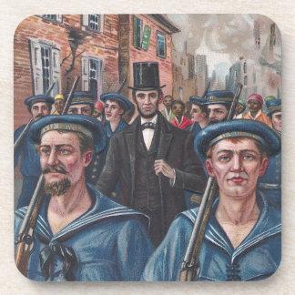 Lincoln que visita Richmond VA en 1865 Posavasos De Bebidas