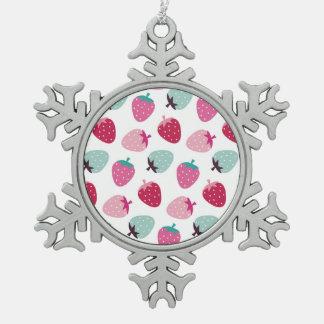 Lindo, femenino, fresa, rosa, menta, modelo, de adorno de peltre en forma de copo de nieve