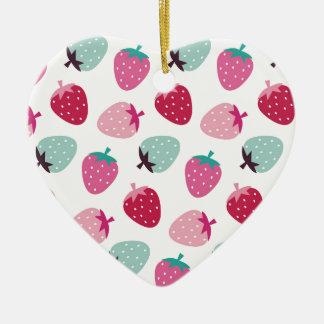 Lindo, femenino, fresa, rosa, menta, modelo, de adorno de cerámica en forma de corazón