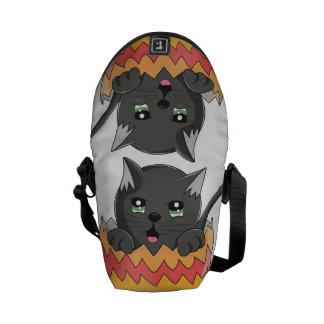 Lindo Gatito color Negro Commuter Bag
