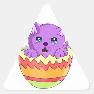 Lindo Gatito color Violeta Triangle Sticker