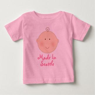 Lindo hecho en camiseta del bebé de Seattle Remeras