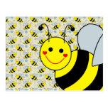 Lindo manosee la abeja tarjeta postal