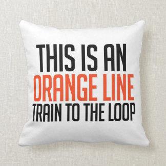 Línea anaranjada tren a la almohada del lazo